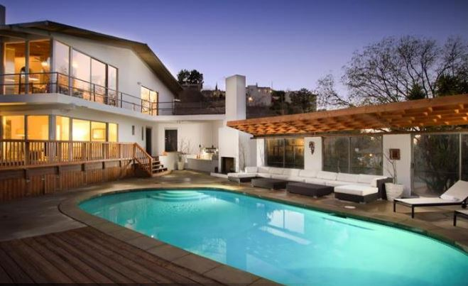 3 Bedroom Hollywood Retreat with Pool