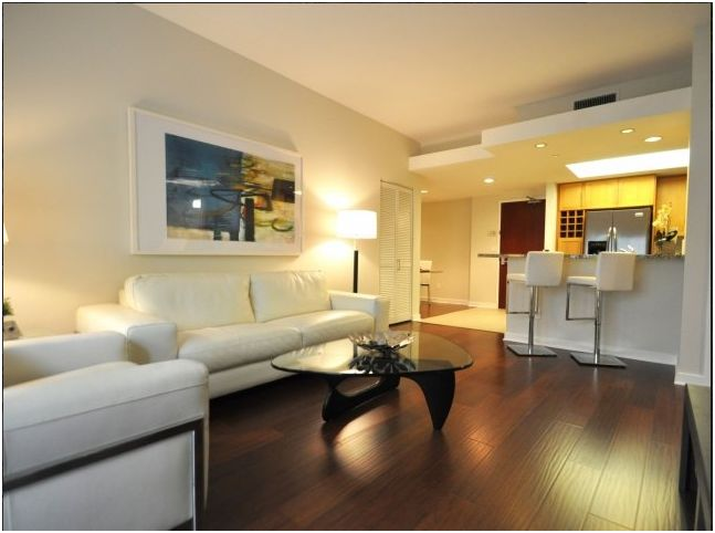 Westwood Luxury 2 Bedroom/2 Bath Apartment